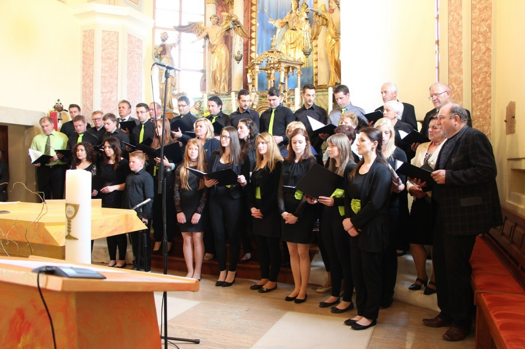 revija cerkvenih pevskih zborov dekanije smarje pri jelsah 2015